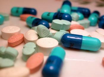 Tự ý dùng thuốc trị cảm khi bị cúm